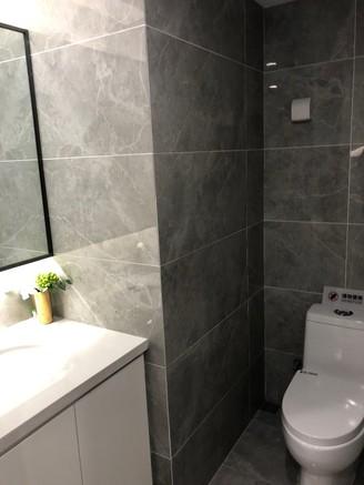 星荟城2室2厅2卫 28万 民用水电 通燃气 地铁口