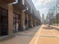 吾悦广场正对面小区时光澜庭沿街商铺 一拖二价格7500 等于二楼白送