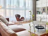 装修漂亮 英仕公馆 真实房源172平米 126万 价格可谈看房方便