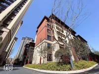 出售 鸿坤理想城4室2厅2卫147平米148万住宅