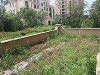 城南 珑熙庄园洋房一楼送大院子送地下室 有300平方