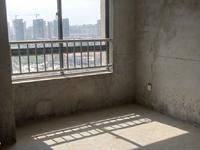 城南正规三室,中间楼层采光好,特价房源,急卖,看房有钥匙