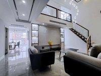 7100 平米,豪华装修,中央空调,顶楼复式送大露台