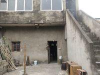 出租城郊中学对面沿街门面,仓库都可以 租金4000/年