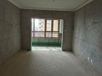 出售益林铭府4室2厅2卫131平米96.8万住宅