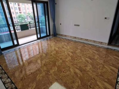 出租 碧桂园仕府公馆3室2厅1卫110平米2000元/月住宅