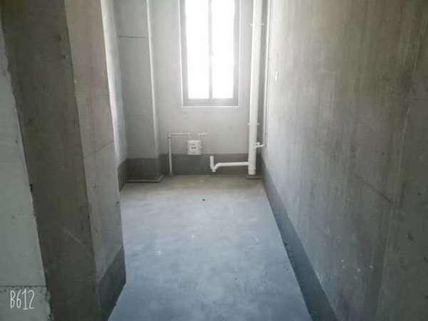 米兰阳光 纯毛坯无税 房东外地置业产证99.83平 急售 楼层好罗马世纪城旁现房