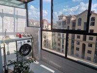 祥生艺境山城电梯洋房顶楼复式 周边空气清新 小区环境优美 山水相依
