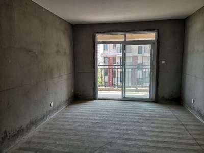 东方红郡两室边户 南北通透 家主诚心出售80平29.8万 一口价 看房有钥匙