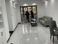 翡翠庄园三室精装全配,一楼,首次出租,拎包入住,看房方便