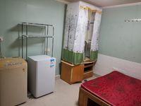 出租香樟花园1室1厅1卫30平米700元/月住宅