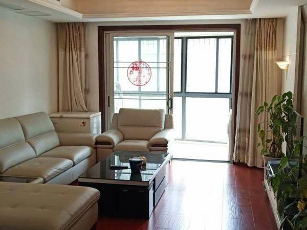 精品百合花园3室2厅2卫136平米136.8万住宅