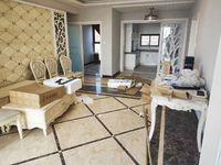 出售发能国际城5室2厅2卫125平米104万住宅