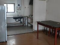 简单装修 发能国际城4室1厅1卫131平米117.8万住宅