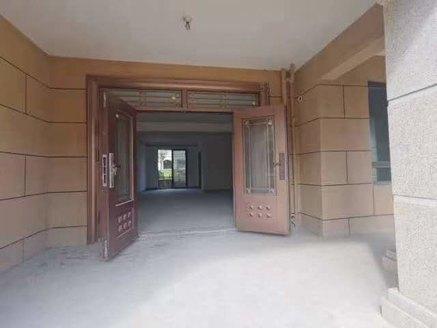 特价抢购 双洪公园 旁高速公园壹号洋房一楼带100平大院子南北通透采光无忧