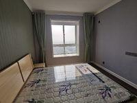 出售蓝光雍锦湾4室2厅2卫121平米45万住宅