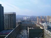 中环国际个人房源,白云楼上单身公寓,环保精装拎包住,仅住过一年很干净