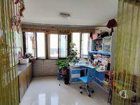 实验二附小学区,阳光大厦精装修四室,真正的市中心,无税,家主置换,诚心出售