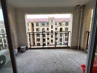 出售:艺境山城洋房4室2厅2卫140平米125万