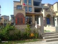 祥生十里别墅-1-4楼-有80平方院子-影视城旁