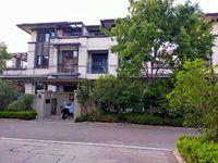 出售金鹏玲珑湾6室3厅3卫465平米308万住宅