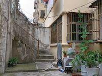 西涧新村一村 一楼有院子开门 产证85.64平米加院子加盖40平米加院子40平米