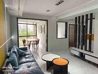 急售凯迪塞拉河畔 轻轨口 约115平三室 豪装全配 黄金楼层 中央空调 欲购从速