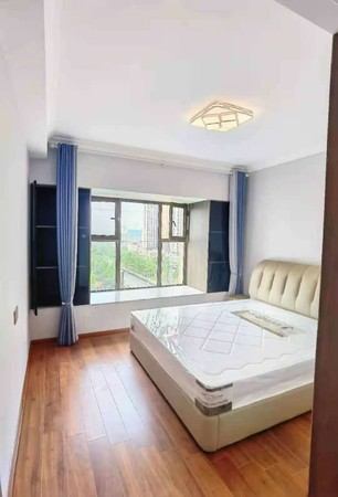 精装婚房 家主外地置业 急需换房 豪华装修 拎包入住 看房有钥匙