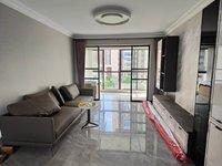 中央名邸125平中间楼层三室两厅豪华装修报价142万