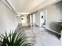 珑熙庄园精装三室 拎包入住 实图真实房源 看房方便 纯边户 吾悦广场对面