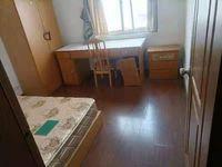 出租广场家园4室2厅2卫140平米2500元/月住宅