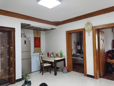 出售兴隆花园3室2厅1卫105平米81.8万精装全配拎包入住住宅