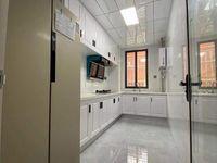 出售西涧花园3室2厅1卫110平米69.8万新精装有60平米独家大院子无出让住宅