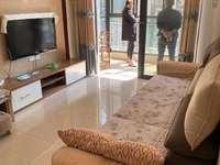 恒大绿洲精装全配两房,小区环境好,房子干净受看,1800元包物业。