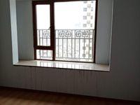 出租 鸿坤理想城4室2厅2卫130平米1600元/月住宅