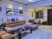 出租皖东国际车城4室2厅2卫180平米2300元/月住宅