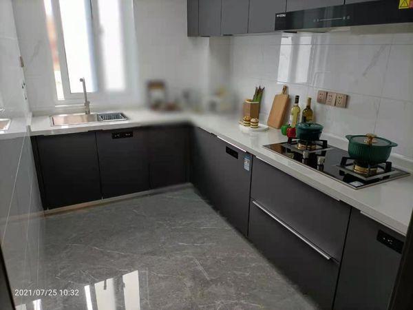 东坡中学 城南纯洋房小区 送地暖。送车位。实力 翡翠雅筑3室2厅2卫96平米