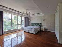 联排别墅,精装全配。送地下一层。院子超大山水人家6室4厅5卫288平米368