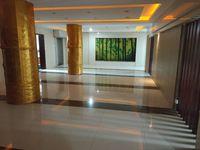 办公室出租,南谯路优房大厦旁,330平,660平,20元/平,可注册,精装修