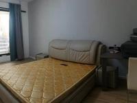 首次出租 珑熙庄园洋房还有一个大院子 5室每个房间都有沙发 可整租