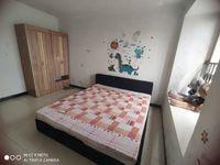出租滨湖小区3室2厅1卫120平米1350元/月住宅