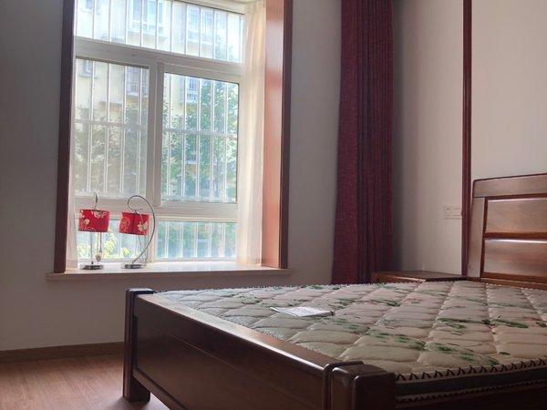 出售红三环家园2室2厅1卫97平米87万住宅