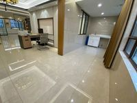 出售华尔南臺府4室2厅2卫139平米167万住宅