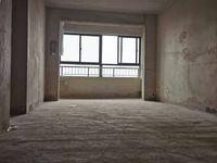 珑熙庄园洋房顶楼复试,产证131平实际200平带超大露台送一个地下车位全部以浇筑