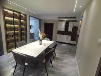 重点推荐,房主急售 豪华装修168.00万元116.00平