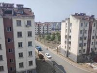 红山小区100平加阁楼70平,实用面积170平,总价21.5万