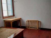 创业中苑18楼125平大三室简单装修1200元适合拆迁户或做仓库使用