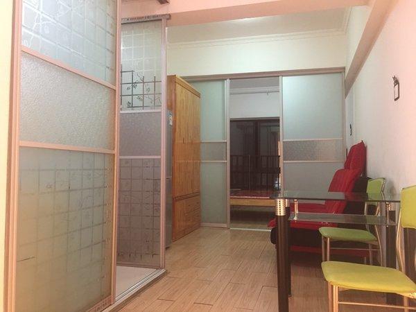 出租泰鑫城市星座1室1厅1卫45平米1200元月住宅