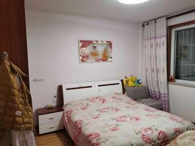 出售盛世华庭怡园2室2厅1卫80.5平米65.8万住宅