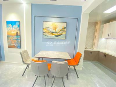 出售卓耕天御,凤凰城旁,93平,精装婚房一次未住,中央空调,3室2厅,看中好谈